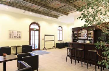 SchlossBurgk_Bar_Lounge_Vorschau.jpg